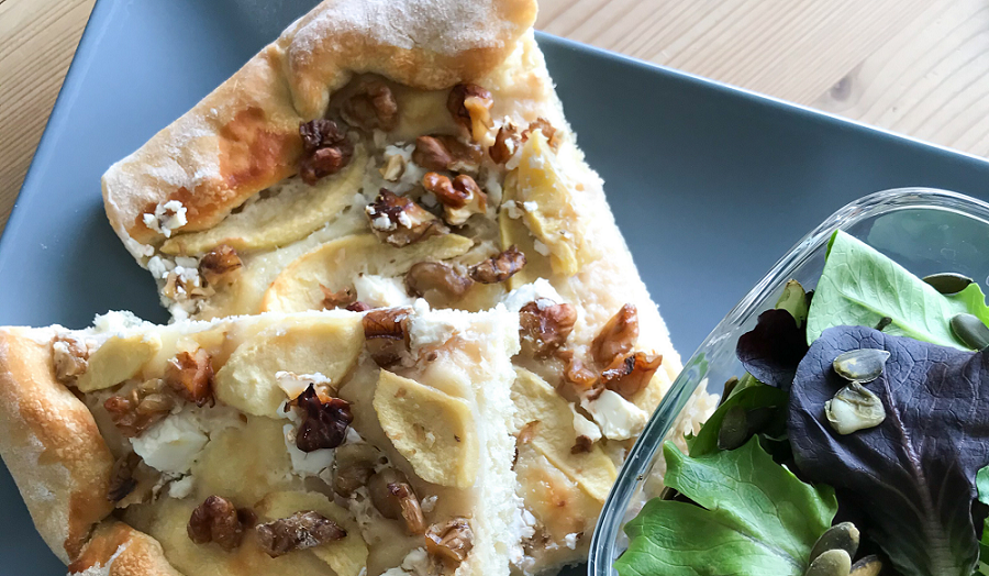 Pizza pomme chèvre miel noix